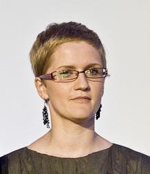 Anna Myślak w MTP jest Dyrektorem Projektu Targi Zagranicą, zajmującego się organizacją wystąpień polskich przedsiębiorców, instytucji podczas ekspozycji międzynarodowych; dział realizujący Program Promocji o charakterze Ogólnym na terenie Kanady i Kazachstanu oraz Dyrektor targów turystycznych Tour Salon.