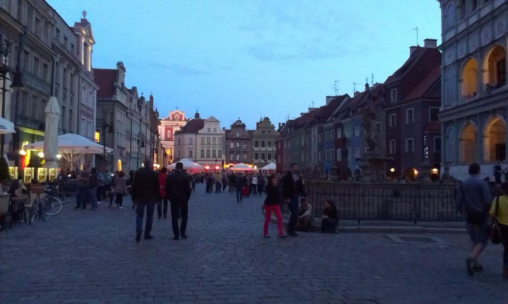 Noc Muzeów na płycie Starego Rynku w Poznaniu